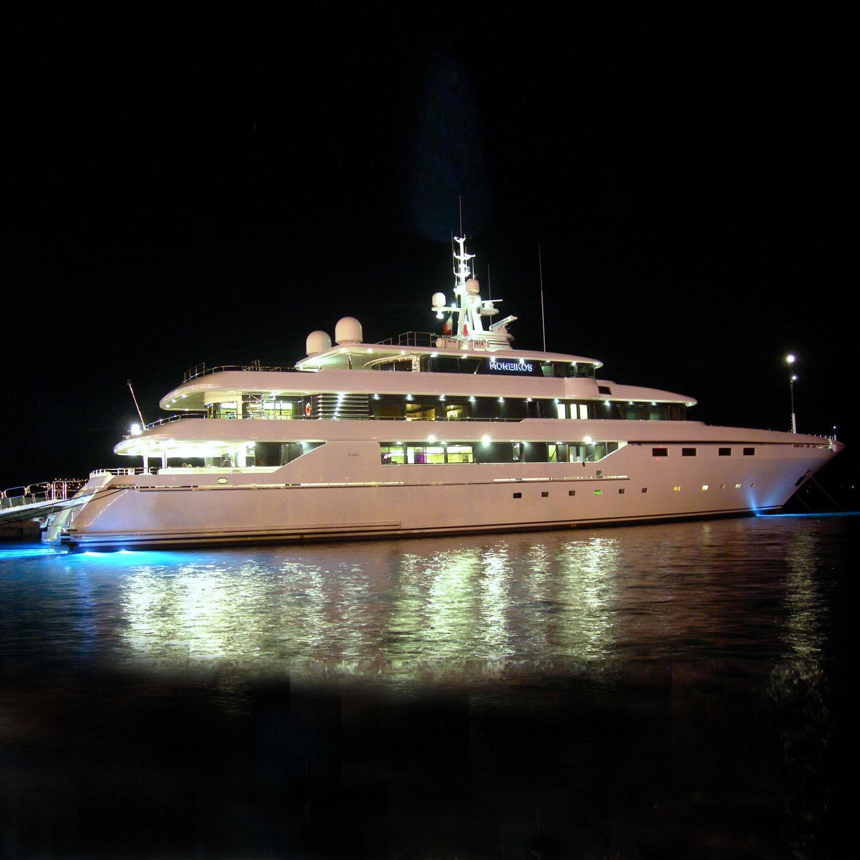 Moneikos yacht price la cura dello yacht for Motor yachts for sale near me